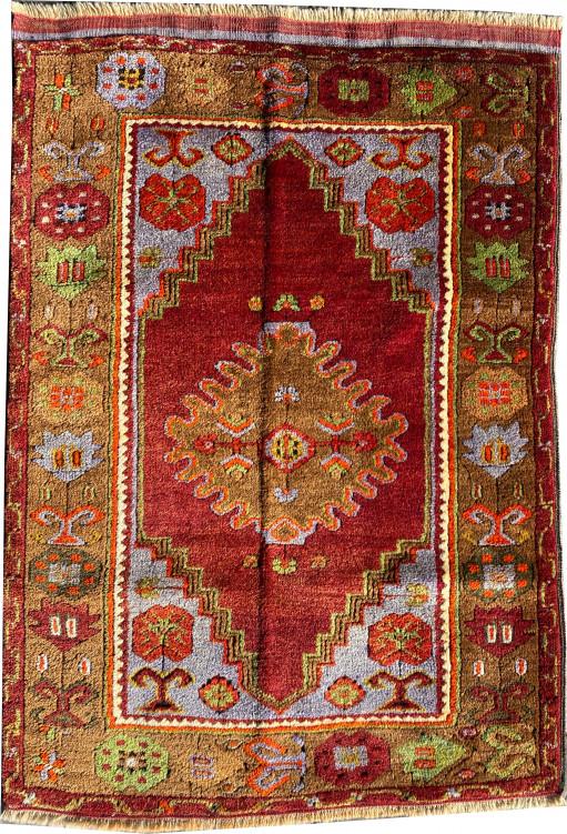 Shirvan Carpet
