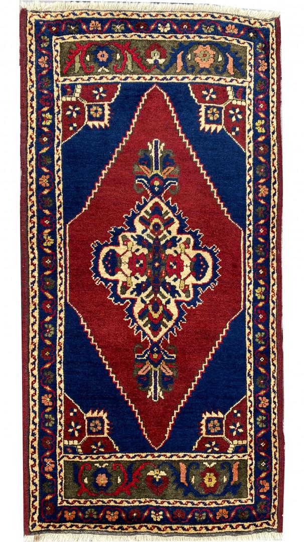 Cappadocian Taspinar Carpet Cushion (YASTIK)